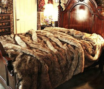 Timber Wolf Faux Fur Bedspread