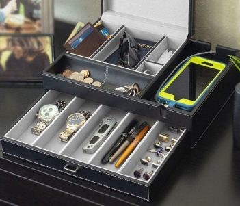 HOUNDSBAY Admiral Dresser Valet Box & Mens Jewelry Box Organizer with Large Smartphone Charging Station