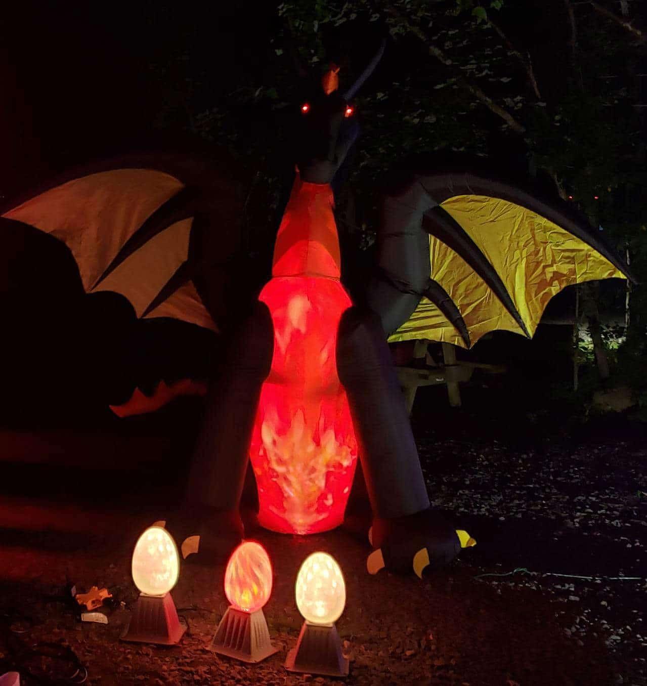 Gemmy 50202 Animated Airblown Fire & Ice Dragon